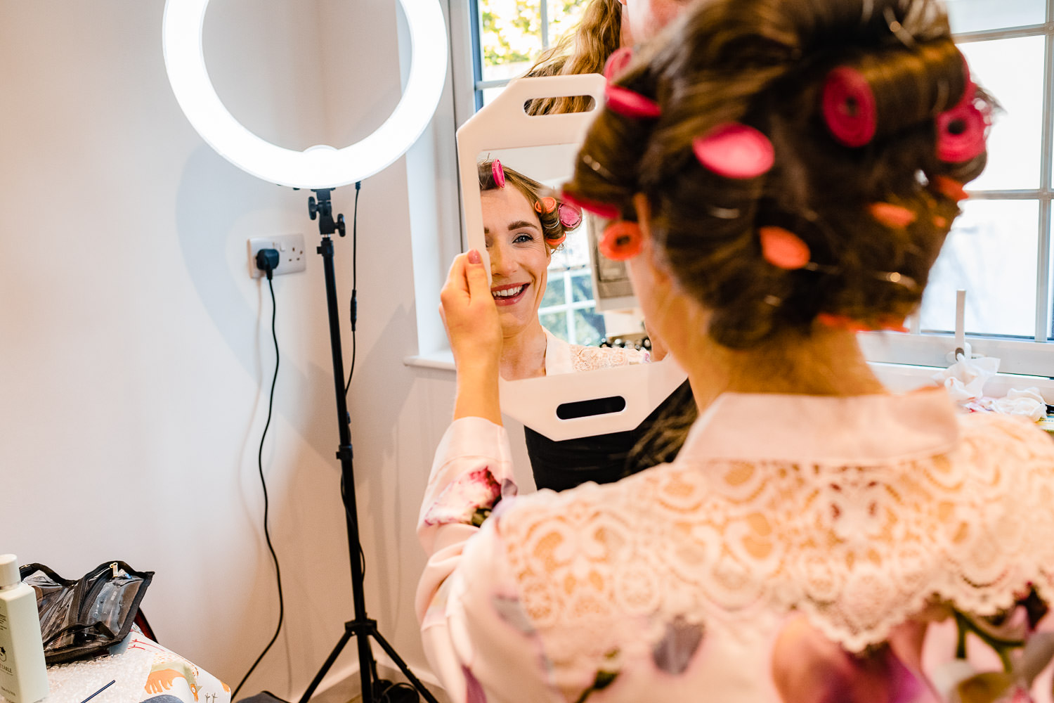 bride getting ready at family home in Cornwall