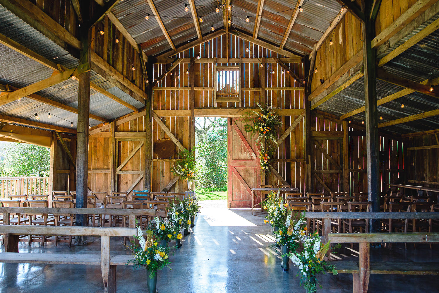wedding barn in cornwall